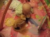 Я играю с лошадкой ))