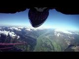 Скайдайверы из команды Red Bull Skydive Team